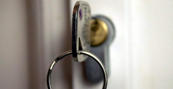 ¿Sabes cuál es la diferencia entre un cerrajero 24 horas de urgencia y un cerrajero de diario?